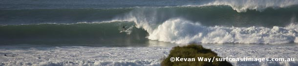 winter swell at Bells Beach